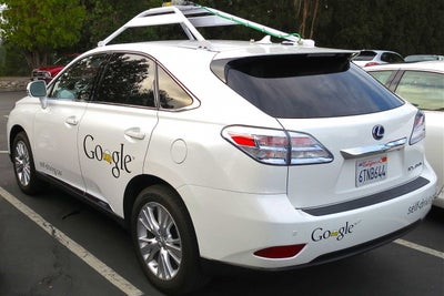 Google Responds After Self-Driving Car Crashes Into a Bus -- Start Up...