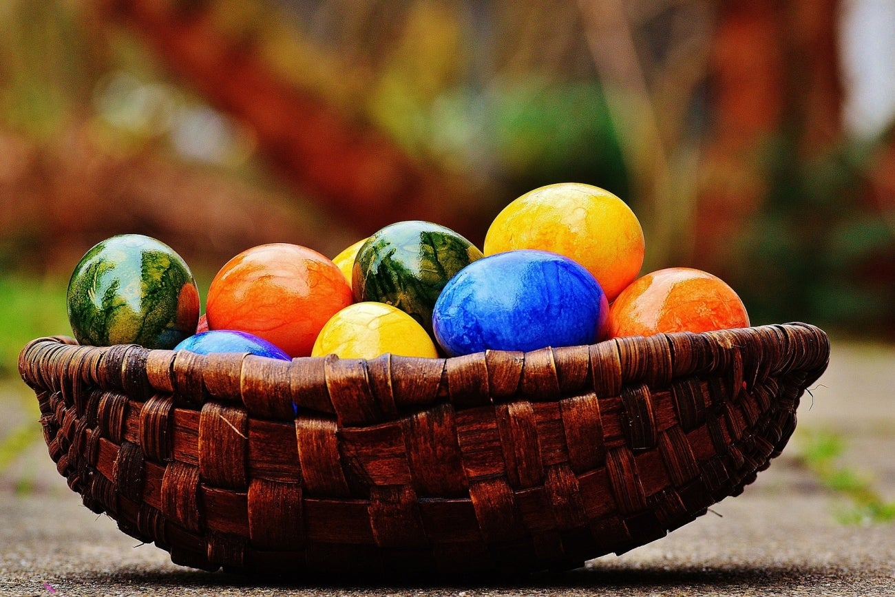 10 internet easter eggs to hunt for this sunday infographic
