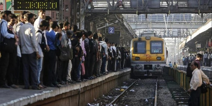"The Truth: The ""Fastest Train"" of India Isn't Really That Fast at All"