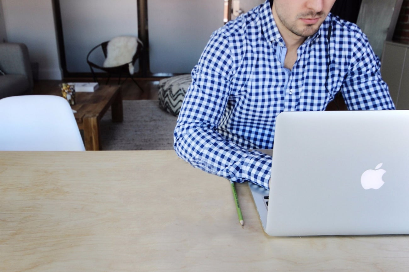 consulting news topics the pros and cons of starting an online consulting business