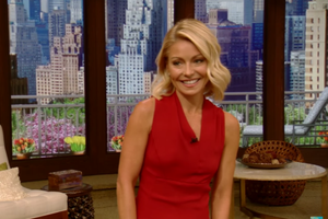 Watch Kelly Ripa Crush Her Return to 'Live!'