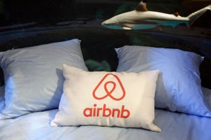 Sharing Economy Showdown: The Airbnbs of the World Will Be Bigger Than the Ubers by 2019, Report Says