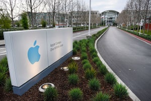 Police Say Apple Employee Found in Conference Room Died of Self-Inflicted Gunshot Wound