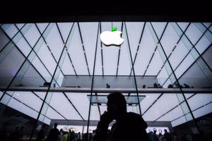 Apple Shows Us It's Hard to Be Innovative When You're on Top. But Does it Really Matter?