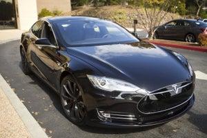 Wall Street Values Tesla Motors at $620,000 Per Car Sold Last Year