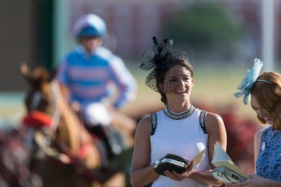 Mint Juleps, Fancy Hats and Lots of Trash: The Kentucky Derby by the N...