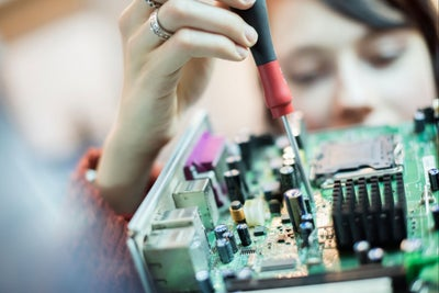 4 Ways for Hardware Startups to Reduce Risk