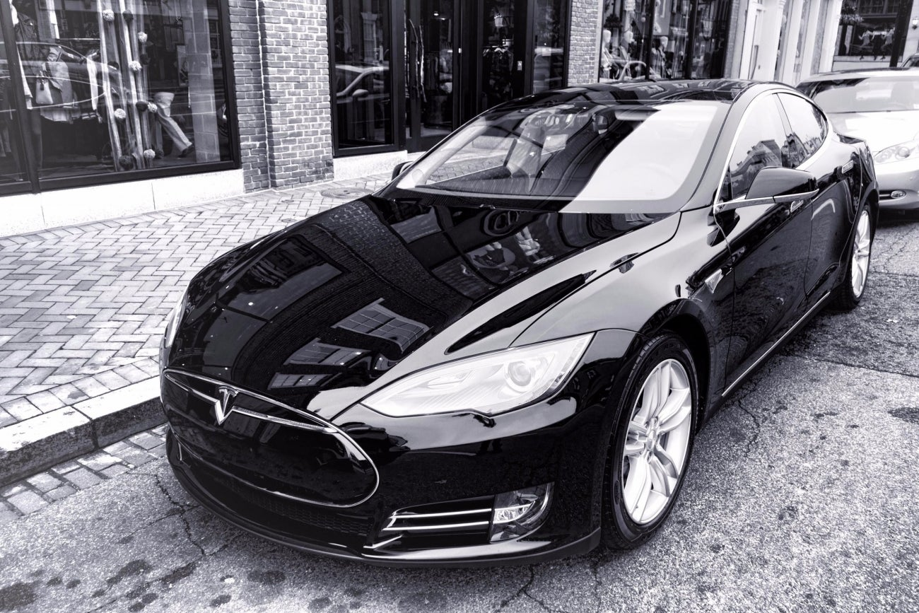 This Is What Being Asleep at the Wheel of a Tesla Model S ...