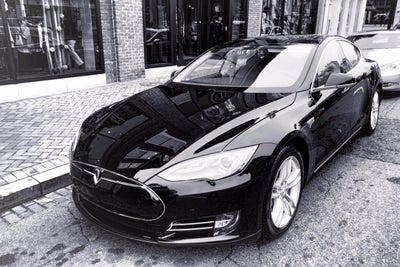 Breaking: SEC Investigating Tesla for Possible Securities Law Breach