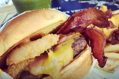 To Celebrate National Hamburger Day, Here are 8 Franchises That Know H...