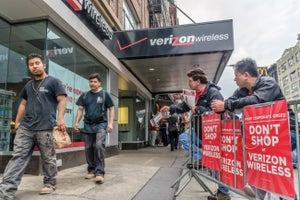 Verizon, Unions Agree to Pay Raises, New Jobs to End Strike