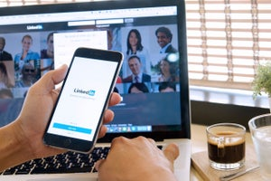 11 LinkedIn Tips for Connecting Like a Boss