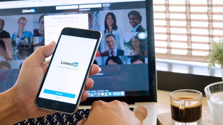 Five Things You Could Be Doing Wrong On LinkedIn
