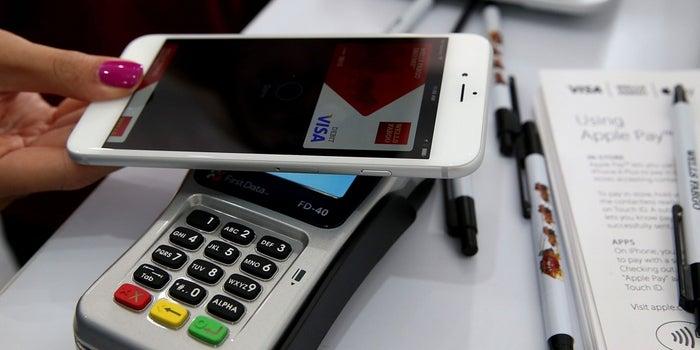 Early Days, But Apple Pay Struggles Outside U.S.