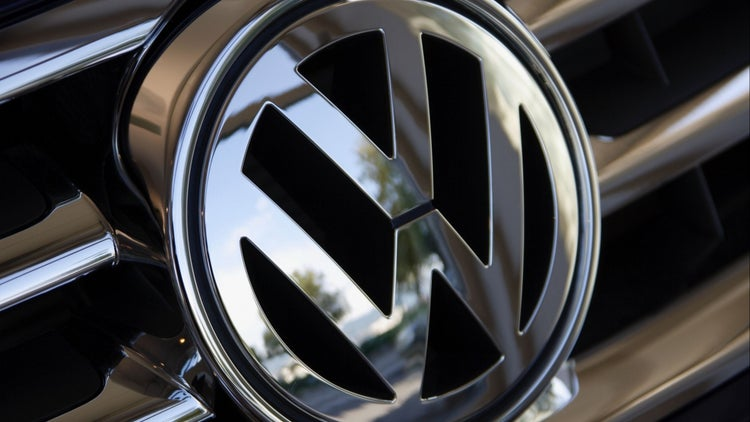 VW Looks for More Revenue From Ride-Hailing Apps