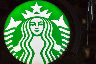 Starbucks, Anheuser-Busch to Partner on Bottled Teavana Teas