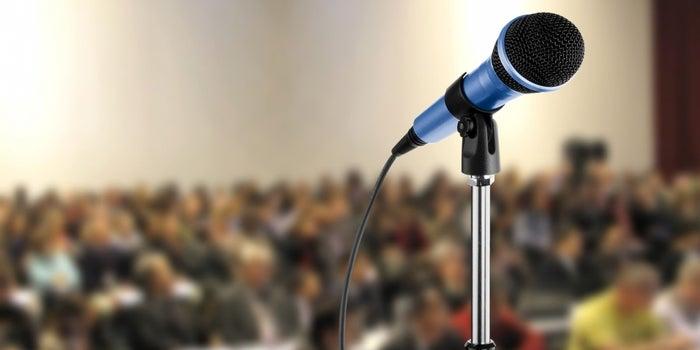 Nunca mires a estos 10 puntos cuando des un discurso