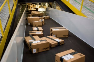 The FAA Wants to Fine Amazon $350,000 for a Hazardous Package -- Start Up Your Day Roundup