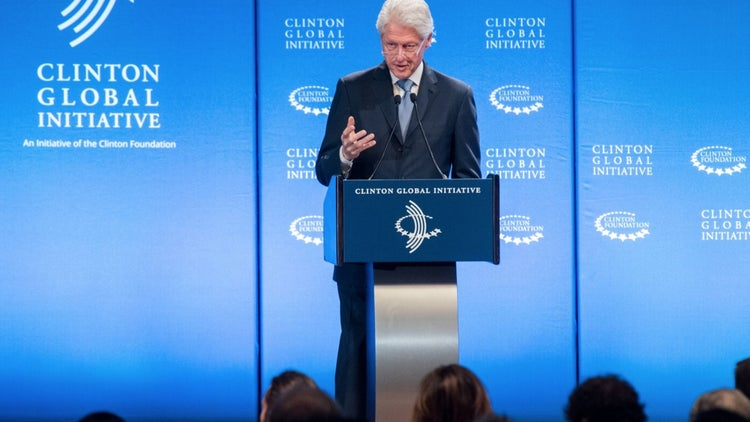 Bill Clinton Says Student Debt Is Holding Back Potential Entrepreneurs