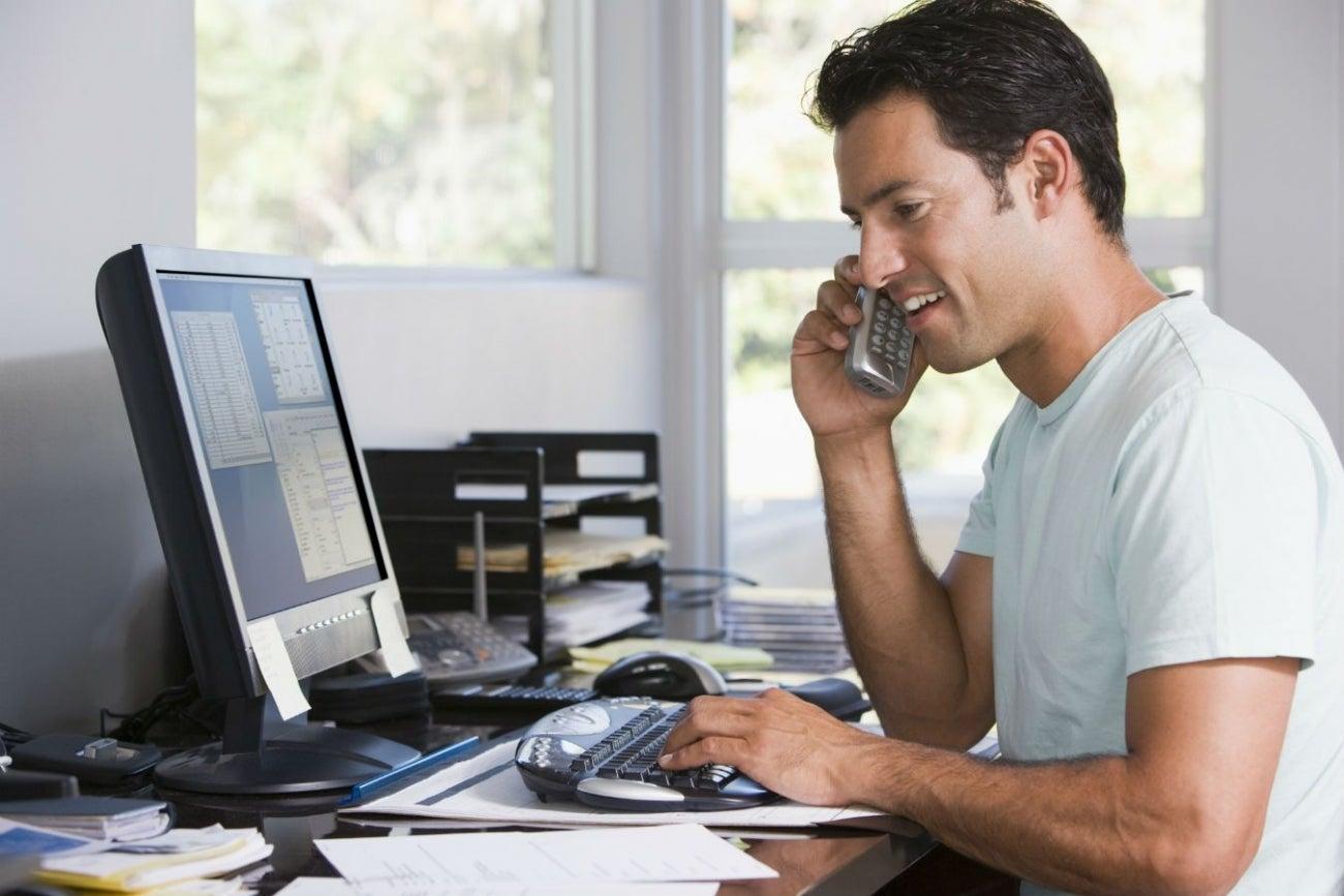 Aprende a usar el tel fono para vender for Telefono de la oficina