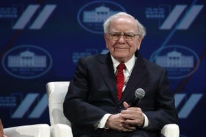 Warren Buffett's 3 Top Pieces of Advice for Entrepreneurs