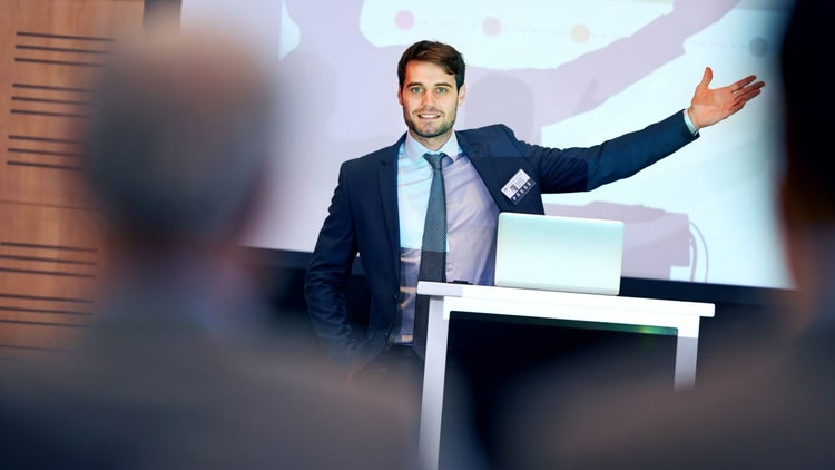 The 5 Things You Must Know Before You Pursue Paid Speaking