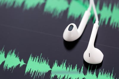 8 Ways Podcasters Can Profit From Their Shows