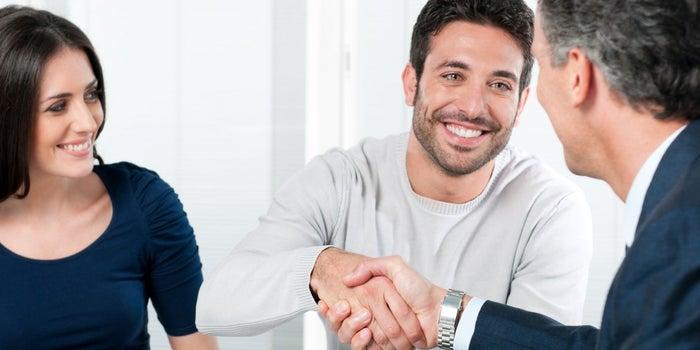 8 momentos en los que el notario apoya al emprendedor