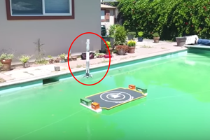 Watch This Guy Replicate a SpaceX Landing in a Swimming Pool
