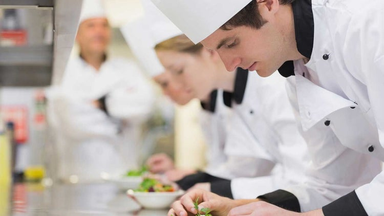 7 Ways to Grow Your Restaurant Business While Being Bootstrapped