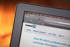 10 Things Your LinkedIn Profile Should Reveal in 10 Seconds
