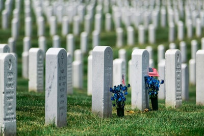 Hey Idiots, Arlington National Cemetery Wants You to Stop Playing Poké...