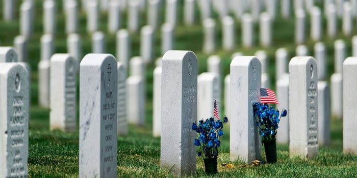 Hey Idiots, Arlington National Cemetery Wants You to Stop Playing Pokémon Go on the Tombs of Fallen Veterans