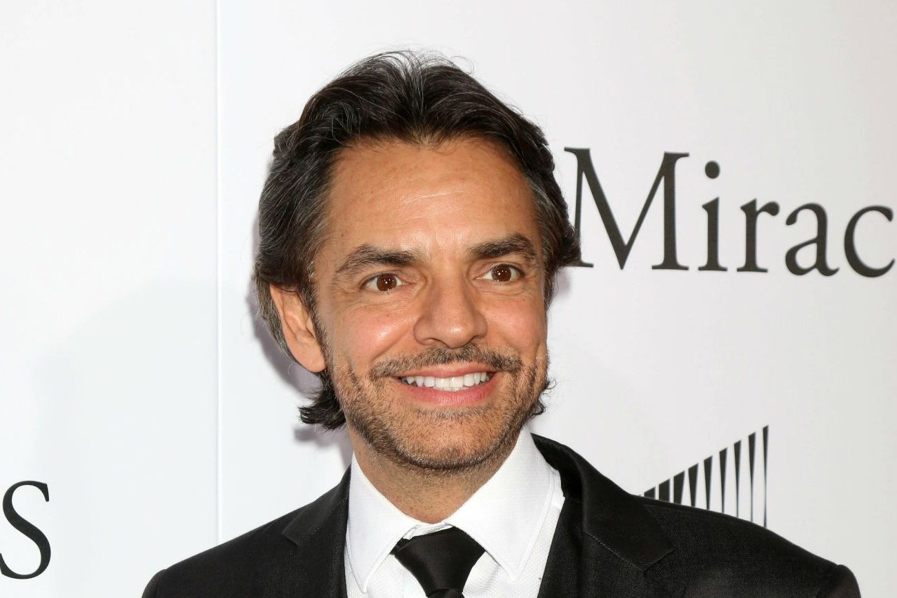 https://assets.entrepreneur.com/content/3x2/1300/20160725191608-eugenio-derbez.jpeg