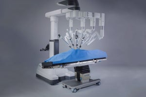 New Crop of Robots to Vie for Space in the Operating Room