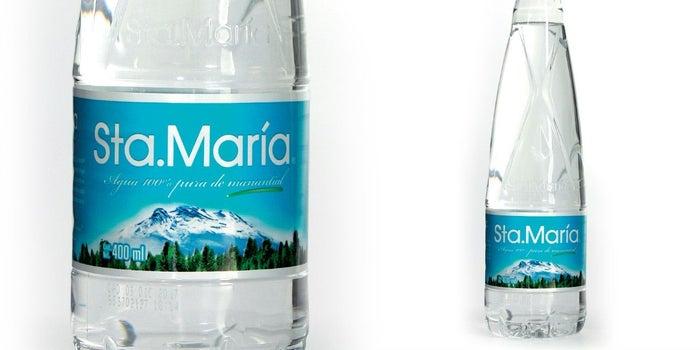 Descubre el significado de esta botella de Agua Santa María