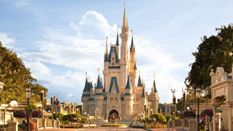 Disney Patents Unique Way to Keep Tabs on Theme Park Guests