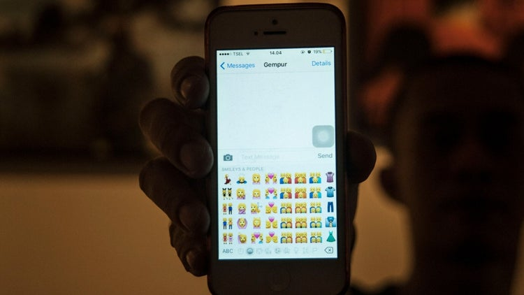 The Power of Emojis in Marketing and How to Use Them Efficiently