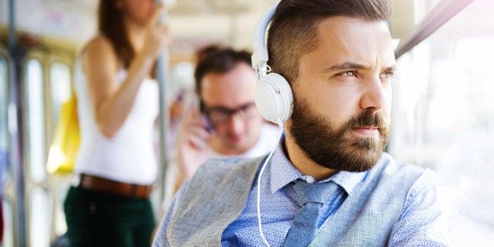 10 podcasts sobre emprendimiento en español