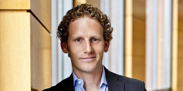 An Interview With Jonah Berger: 4 Tactics for Building a Viral Marketing Campaign