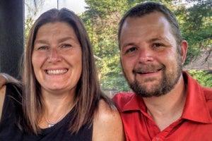 Cómo una pareja ahorró un millón de dólares para retirarse a los 43 años