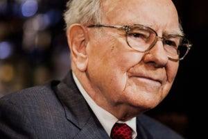5 cosas que Warren Buffett hace después del trabajo