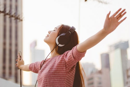 16 Blood-Pumping Songs to Boost Your Motivation and Confidence