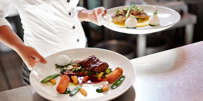 What You Need to Know Before Starting a Food Service Business