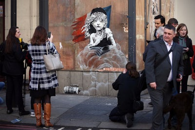 How to Be Like Banksy and Reap Massive Exposure Through Guerilla Marke...