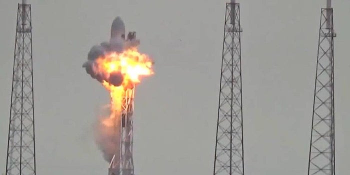 SpaceX Blast Investigation Suggests Breach in Oxygen Tank's Helium System