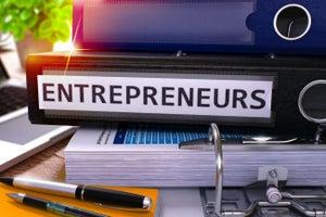 ¿Cómo trabaja una incubadora de negocios?