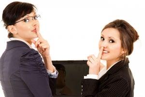 8 temas inapropiados en tu oficina