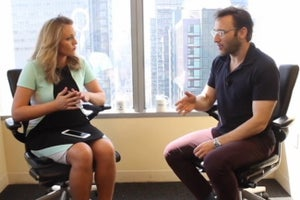 How Simon Sinek Created a Global Phenomenon