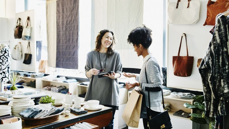 6 Gestures That Wow Customers and Earn Their Loyalty